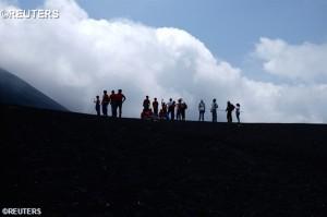 Guatemala: jovens escalam vulcão Pacaya em preparação à JMJ