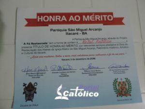 O PORTAL CATÓLICO RECEBE O TÍTULO DO HONRA AO MÉRITO DA PAROQUIA DE SÃO MIGUEL ARCANJO DE ITACARÉ