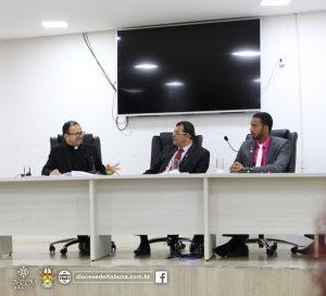 Padre Elessandro debate tema da campanha da fraternidade 2017 na câmara municipal de Itabuna
