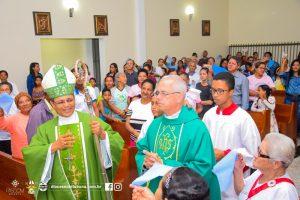 Visita de Dom Carlos a Paróquia de Senhora Santana em Floresta Azul