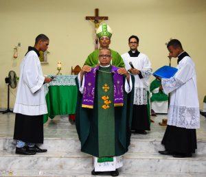 Posse Canônica do Padre José Roque na Paróquia Senhor do Bomfim em Jussarí