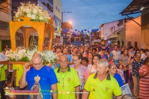 FESTA DE NOSSA SENHORA APARECIDA É CELEBRADA EM ITABUNA