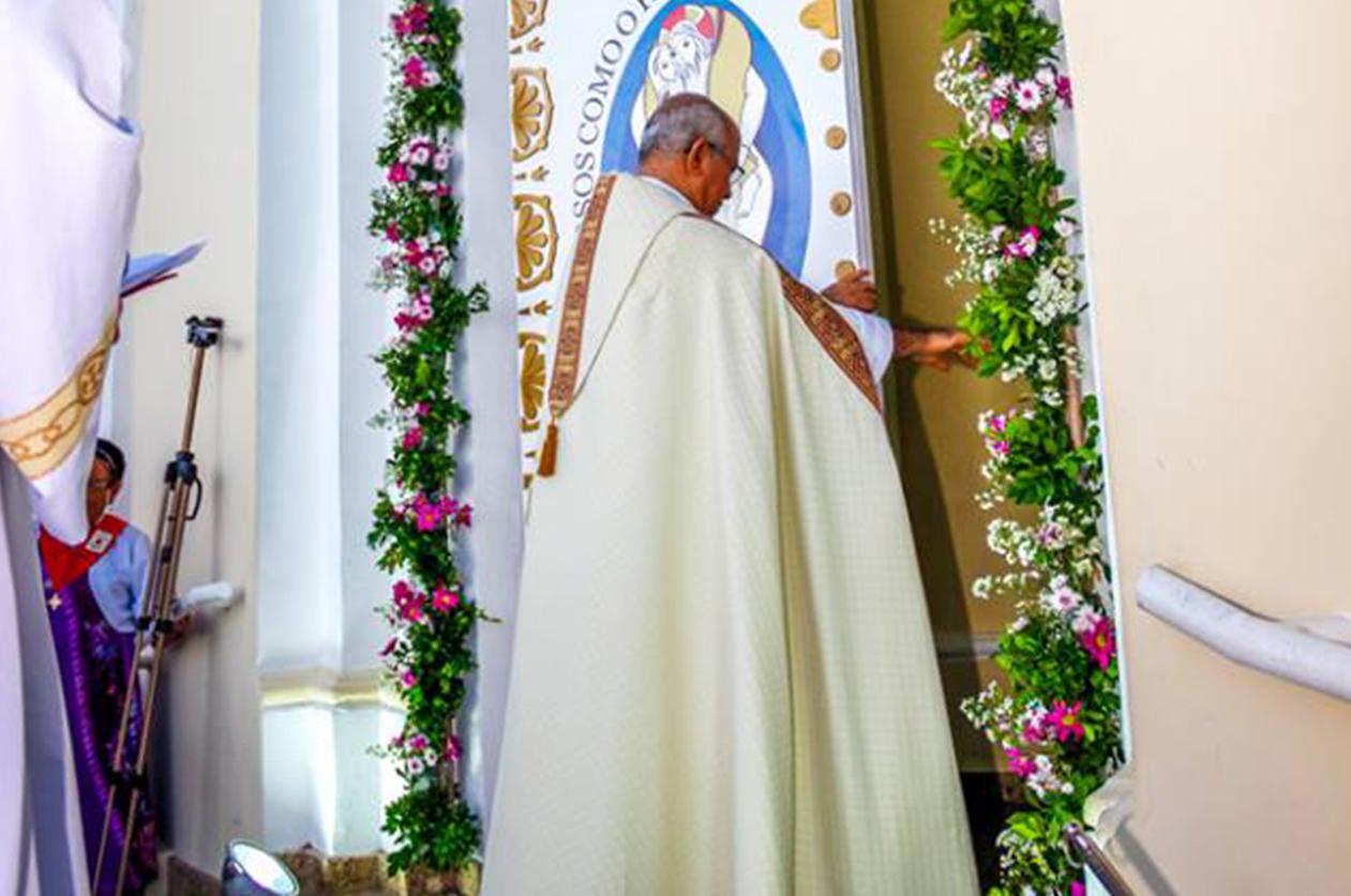 A 3ª Porta Santa da Diocese de Itabuna é aberta