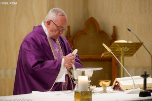 Papa: se o coração estiver fechado, a misericórdia não entra